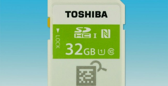 Карта памяти SDHC c NFC на 32 Гб